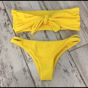 Other - NWT tie front yellow bikini size small
